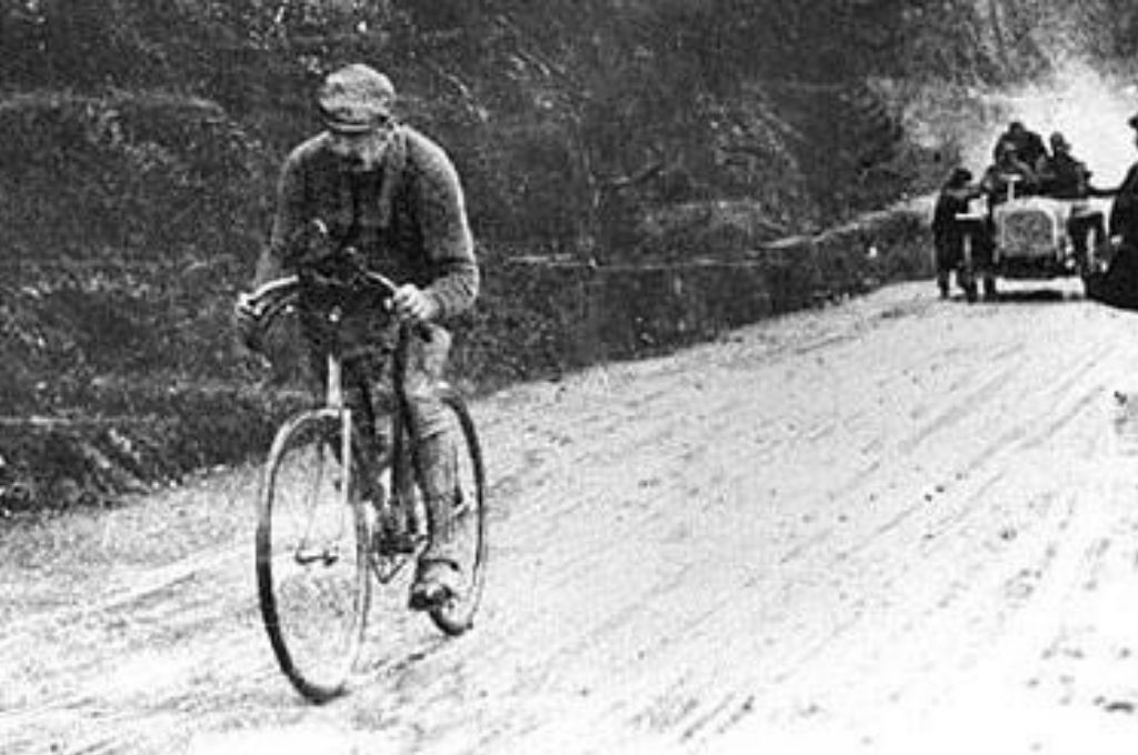 Luigi Ganna, ganador del primer Giro en 1909